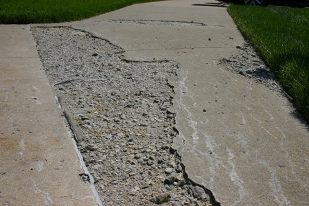 Pavement damage due to freeze thaw cycles civildigital for What happens to concrete if it freezes