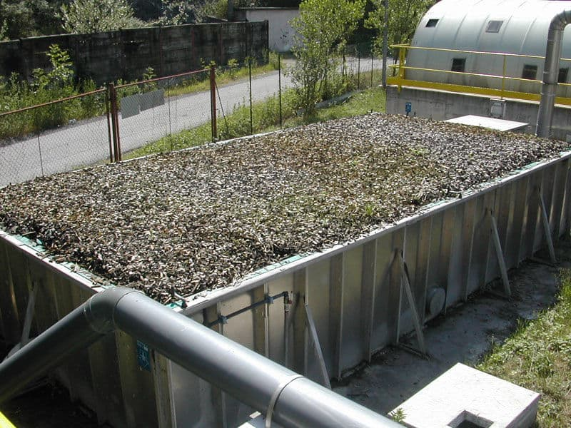 Biological odor treatment unit for wastewater