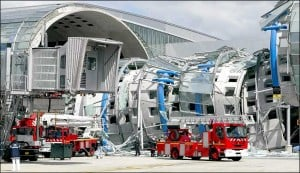 2004: Charles De Gaulle Airport Terminal 2E Collapse