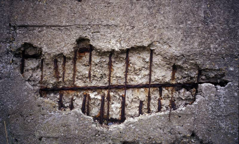 Spalling of Concrete slab due to corrosion
