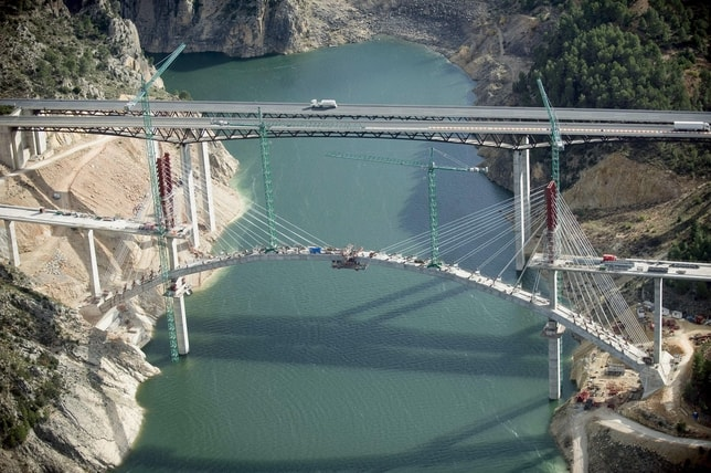 Contreras Viaduct - Incremental Cantilever Method