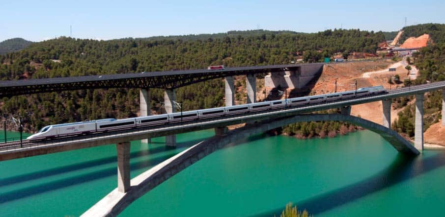 Contreras Viaduct in Service