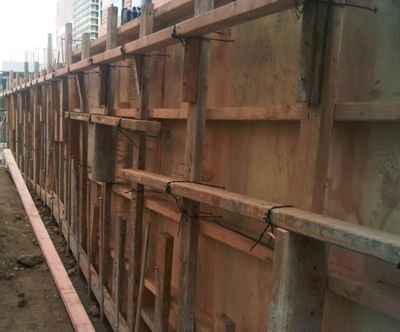 Design Of Concrete Wall Formwork : Formwork in construction types applications of shuttering