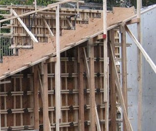 Timber formwork in staircase construction