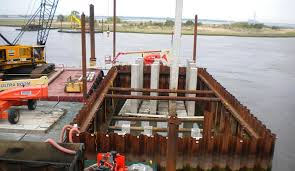 Cofferdam acting as construction load