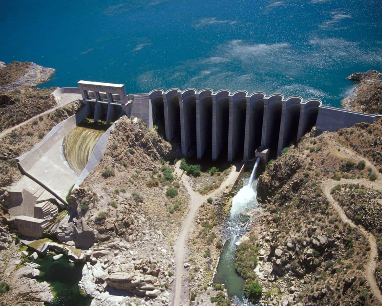 Bartlett dam, USA