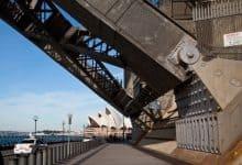 Hinge support in sydney harbor bridge