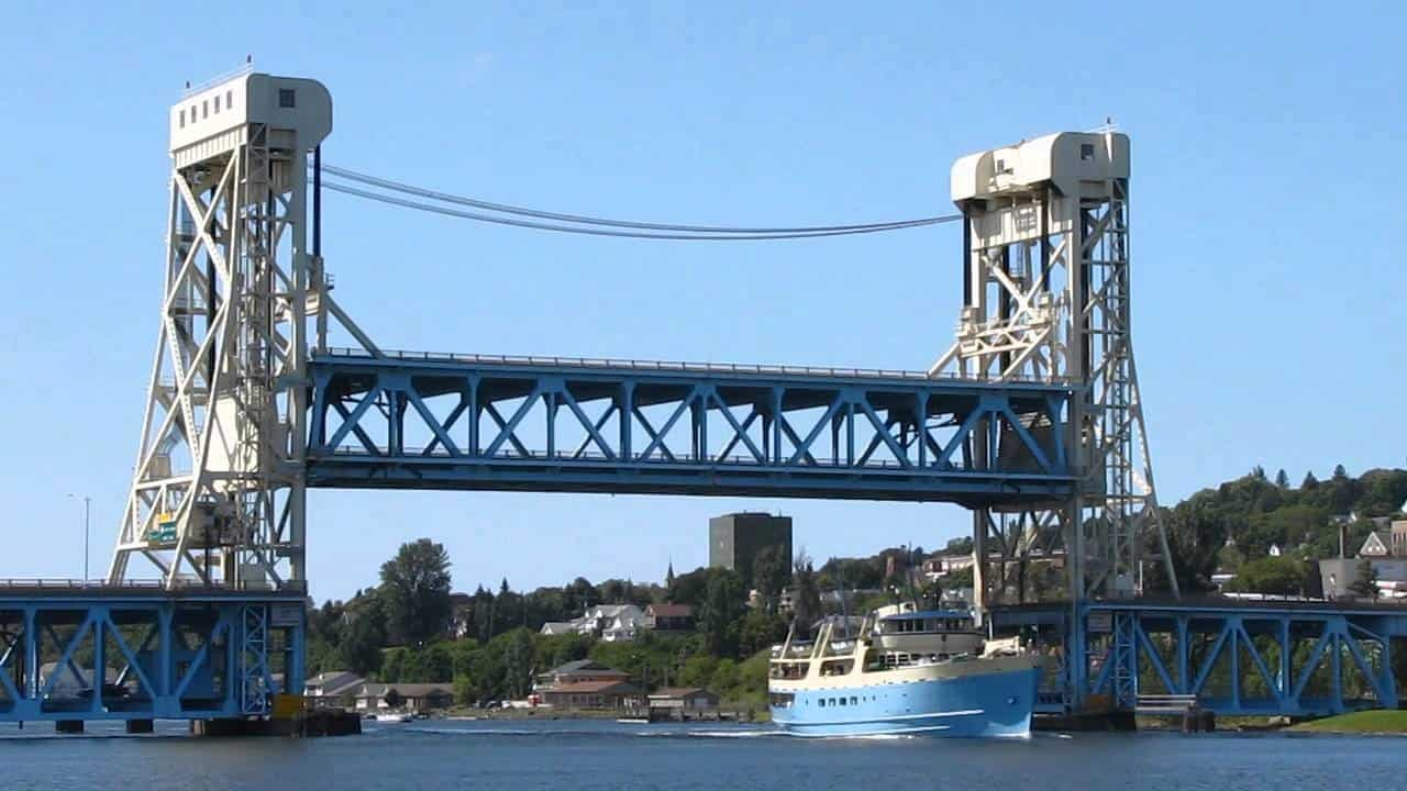 Vertical Lifting Bridge
