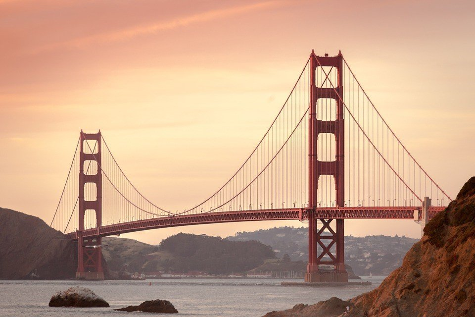 Golden Gate bridge, San Francisco ( Pixabay)